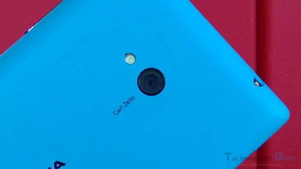 Mokia-Lumia-720-Camera